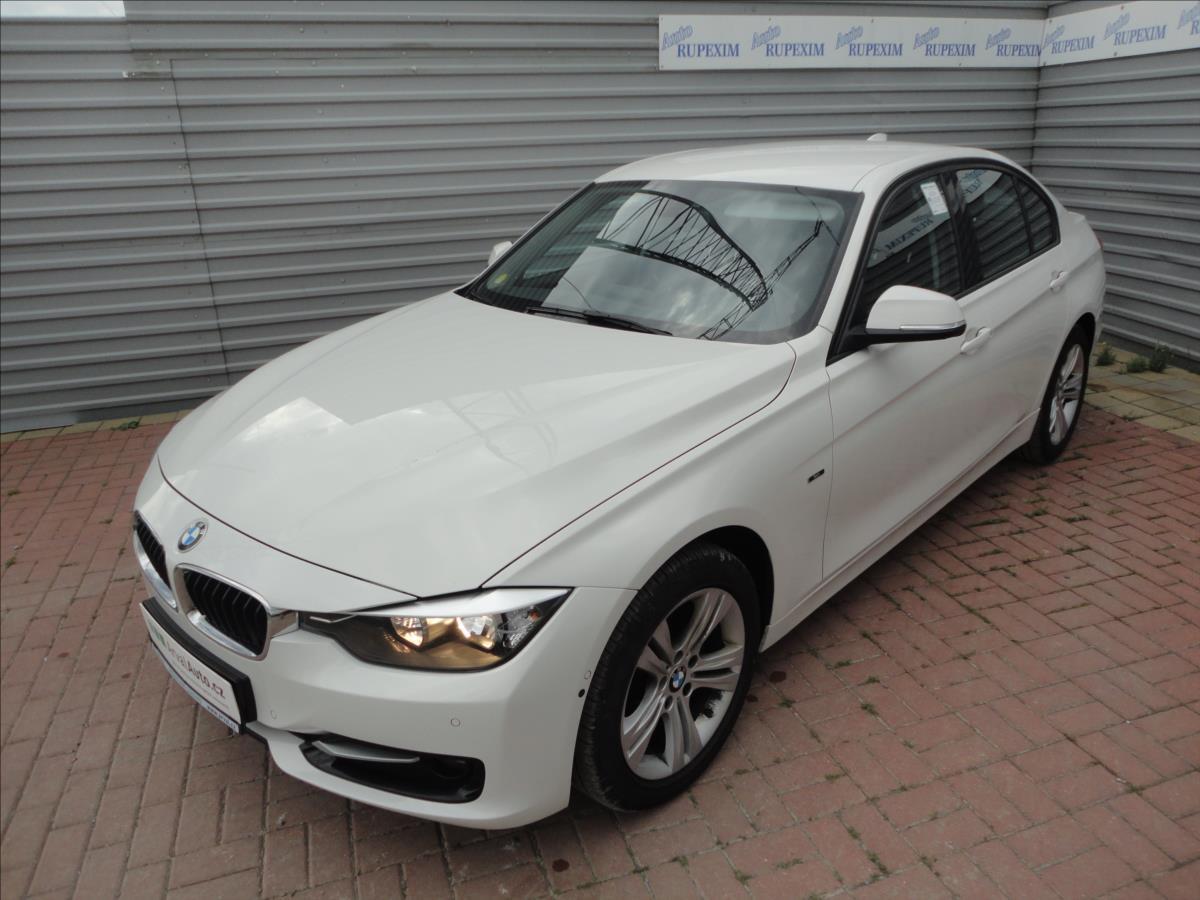 BMW Řada 3 2,0 320d xDrive Sport Line aut.