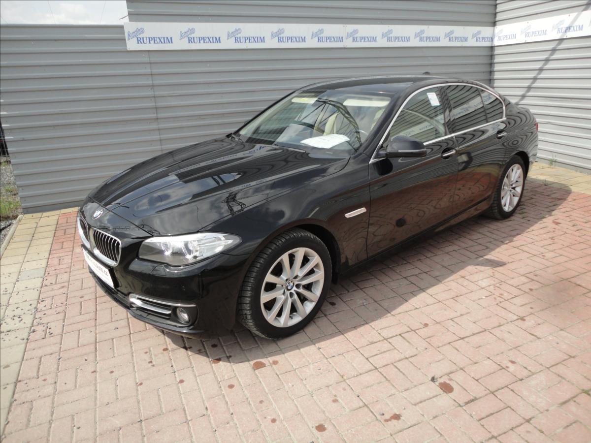 BMW Řada 5 3,0 530D Luxury Line xDrive