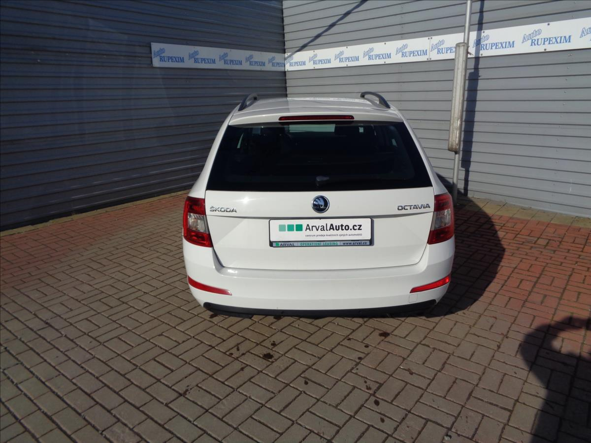 Škoda Octavia 1,6 TDI Elegance
