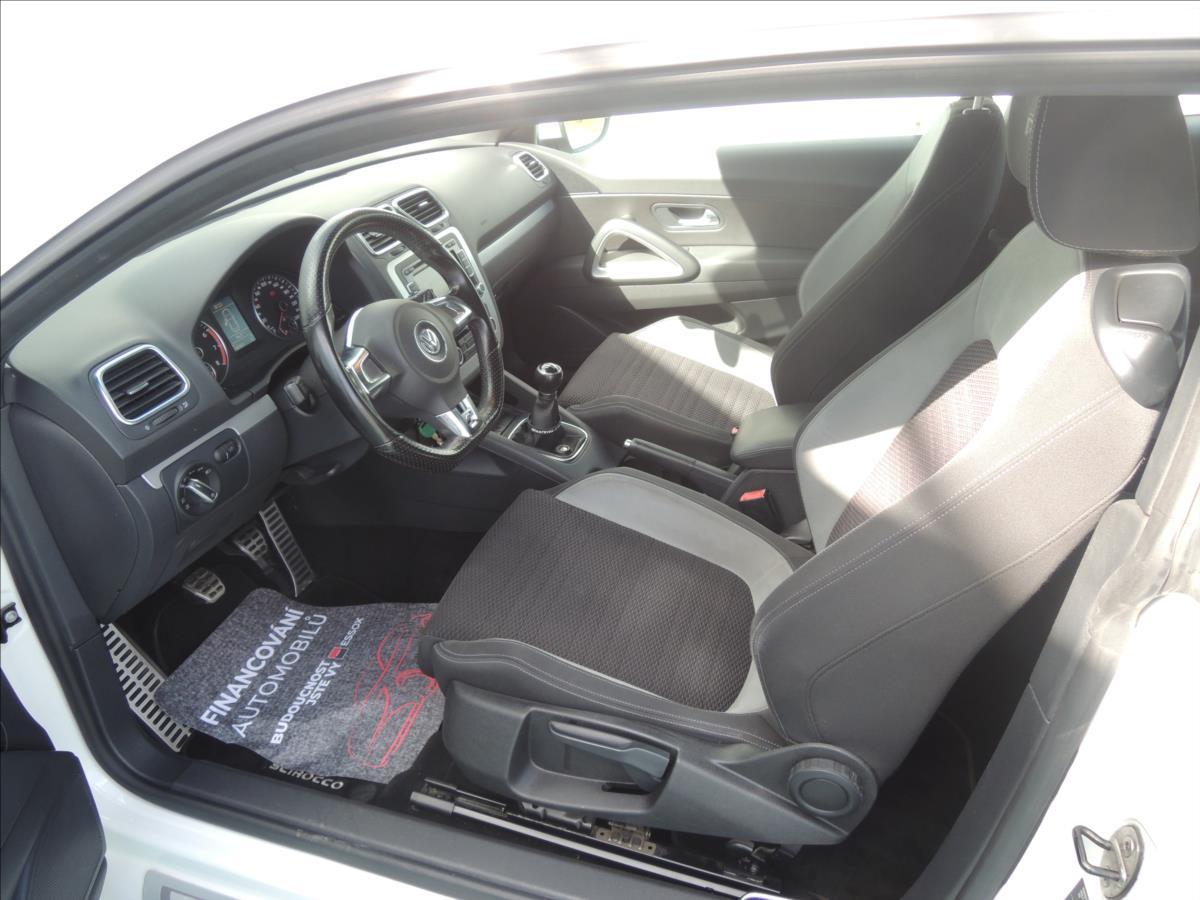 Volkswagen Scirocco, 2010