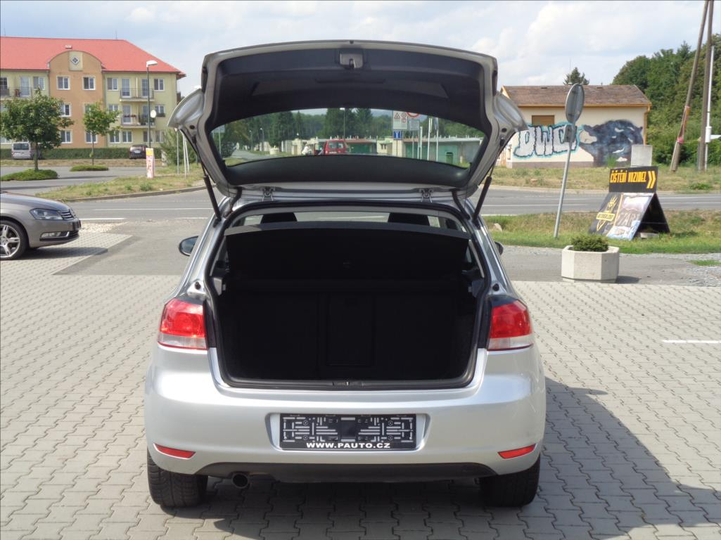 Volkswagen Golf, 2010