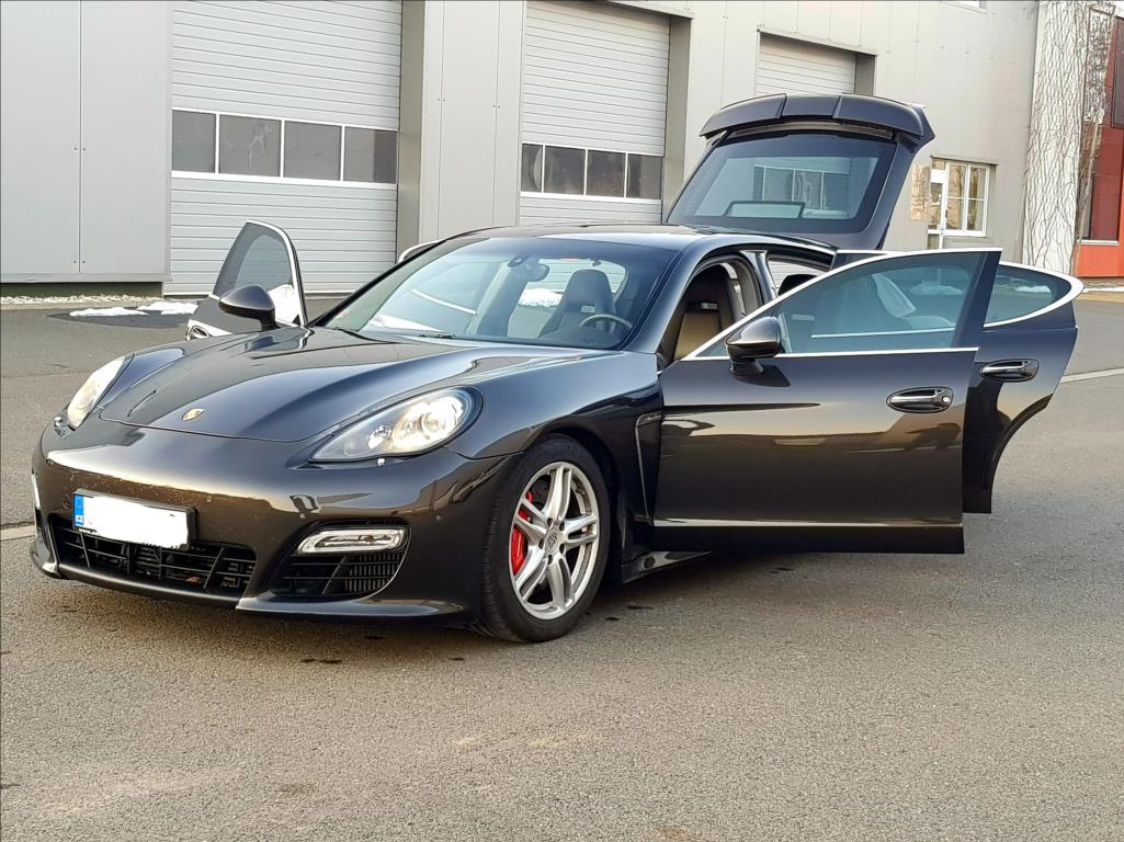 Porsche Panamera, 2010