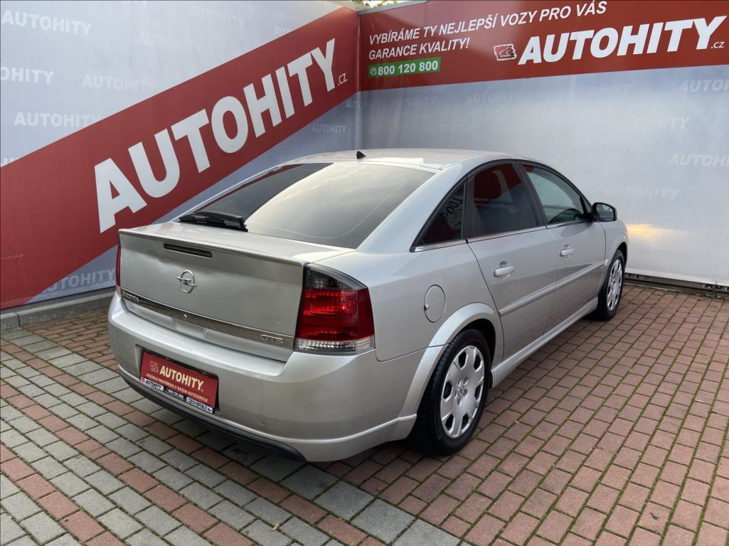 Opel Vectra, 2004
