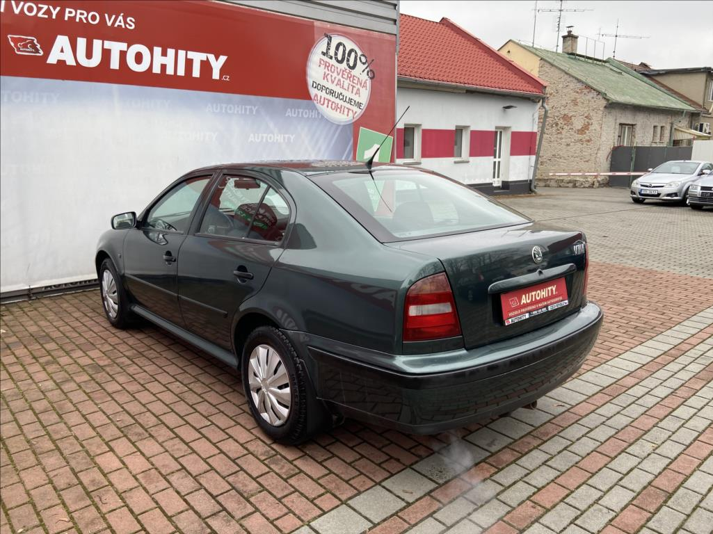 Škoda Octavia, 1996