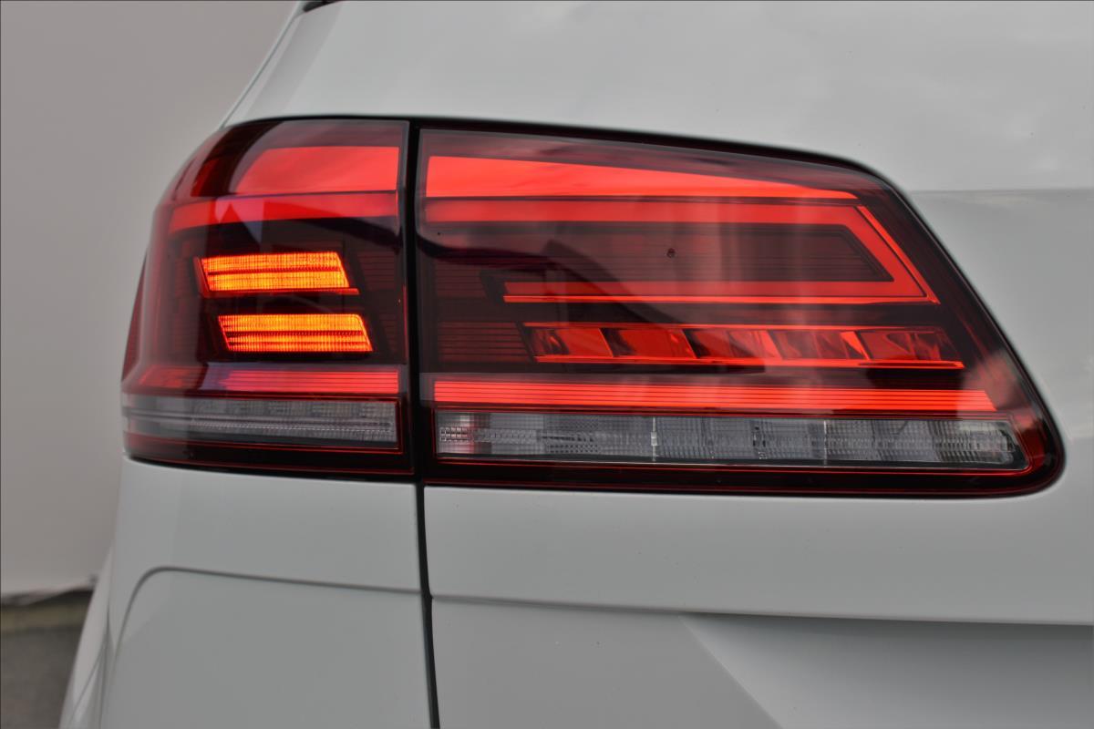 Foto 11 Volkswagen Golf Sportsvan