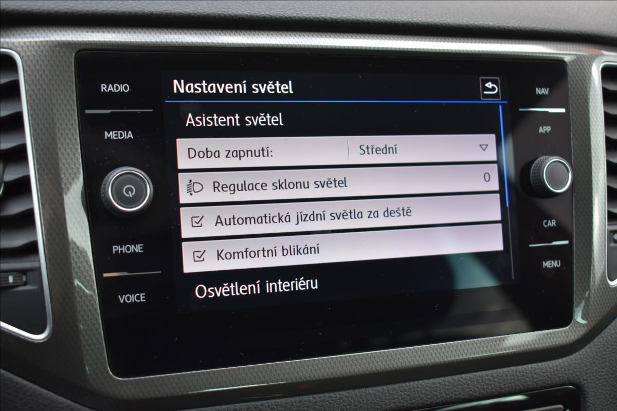 Foto 31 Volkswagen Golf Sportsvan