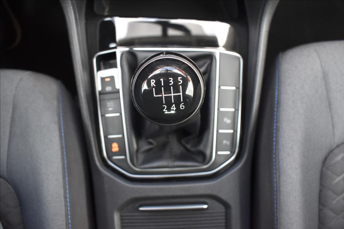 Foto 41 Volkswagen Golf Sportsvan