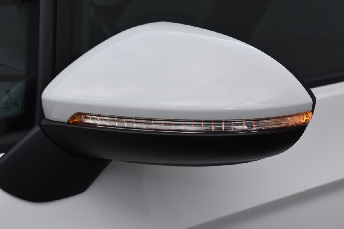 Foto 7 Volkswagen Golf Sportsvan